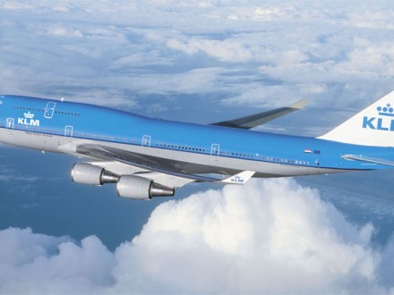 KLM747